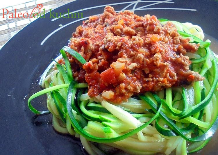 Spaghetti bolognese z cukiniowym makaronem