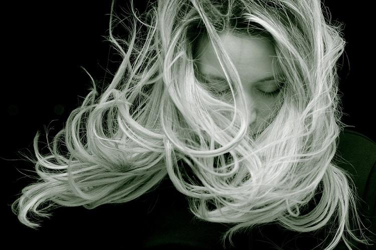 Włosy a hormony